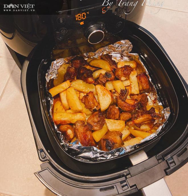 Làm sườn nướng khoai tây bằng nồi chiên không dầu thơm ngậy, không khô - 1