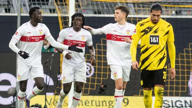 Video Dortmund - Stuttgart: Ác mộng choáng váng, 6 bàn ngỡ ngàng - 1