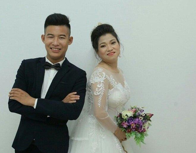 """Cuộc sống của """"cặp đũa lệch"""" vợ 43 tuổi, chồng 21 tuổi ở Hưng Yên sau hơn một năm kết hôn - 1"""