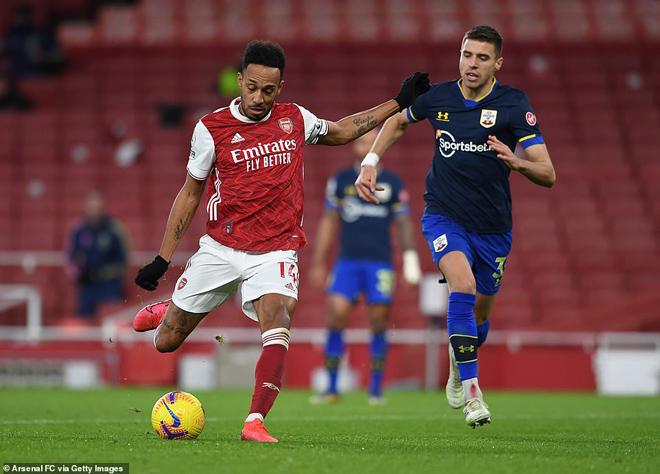 """Video Arsenal - Southampton: Aubameyang giải hạn, người cũ trừng phạt """"Pháo thủ"""" - 1"""