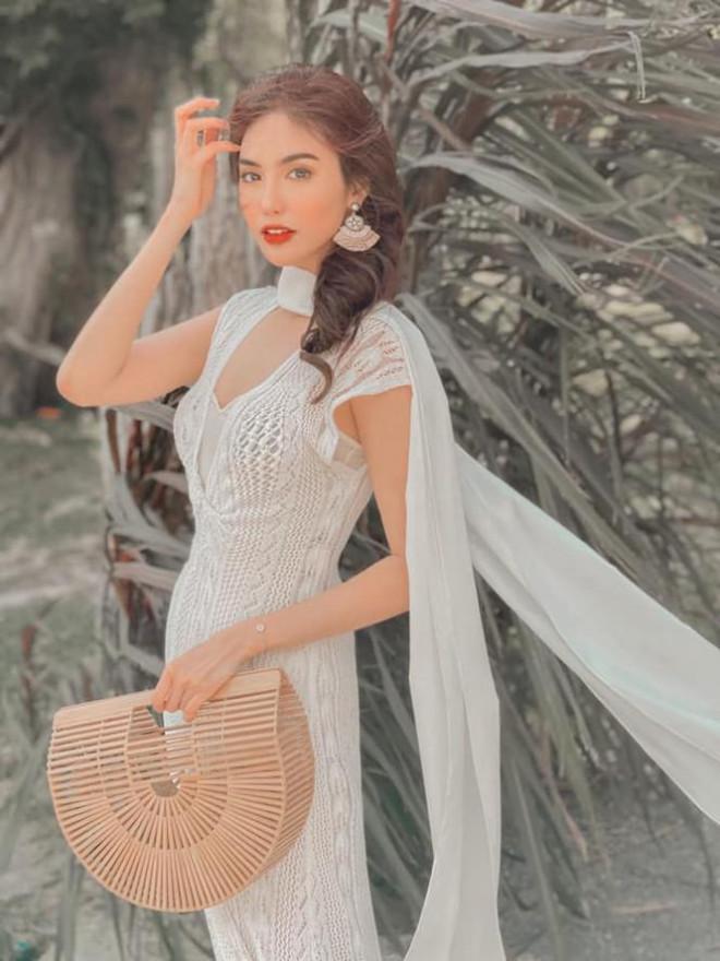 Hoàng Thuỳ diện váy lông vũ khoe vai trần sexy, Minh Tú nóng bỏng với style 'drag queen' - 11