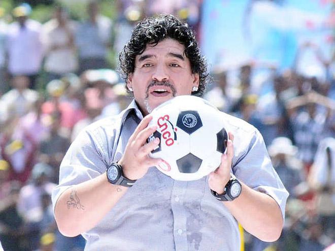 Tin mới nhất bóng đá sáng 20/12: Hé lộ di nguyện cuối của Maradona - 1