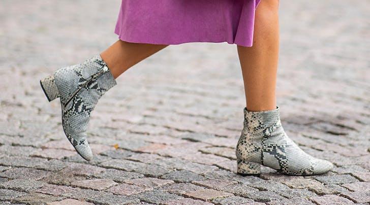 Phương pháp dễ dàng để đi bốt cao tới cổ chân không lộ tất - 1