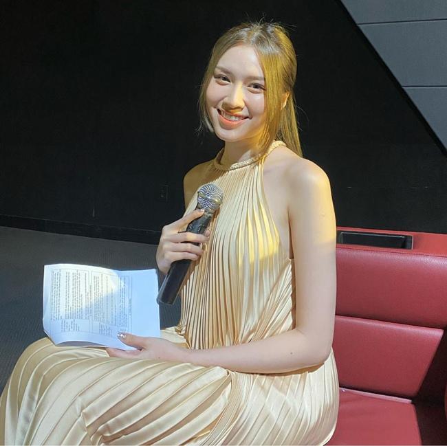 Không chỉ nổi tiếng vì là tiểu thư của gia đình giàu có, Đặng Dương Thanh Thanh Huyền còn gặt hái được nhiều thành tích ở các lĩnh vực khác nhau trước khi trở thành MC.