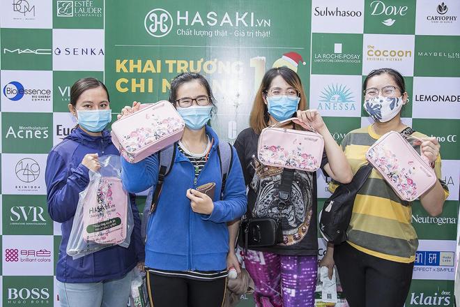 Hasaki chi nhánh 13 ngay trung tâm Q.1: Ngập tràn mỹ phẩm chính hãng, hàng loạt món chỉ 1.000đ, 4.000đ, 8.000đ - 1