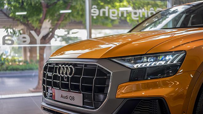 Lô xe Audi Q8 đầu tiên thông quan và đến tay khách hàng trong nước - 7