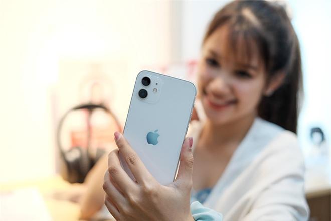 """iPhone 12 sẽ có nguy cơ """"cháy hàng"""" sang cả năm sau - 1"""