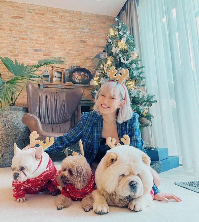 """Dàn """"hot girl"""" Việt xinh tươi rạng ngời đón Giáng sinh - 1"""