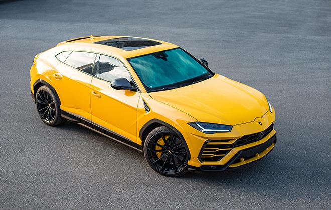 Điểm danh 10 mẫu SUV hạng sang nhanh nhất thế giới năm 2020 - 2