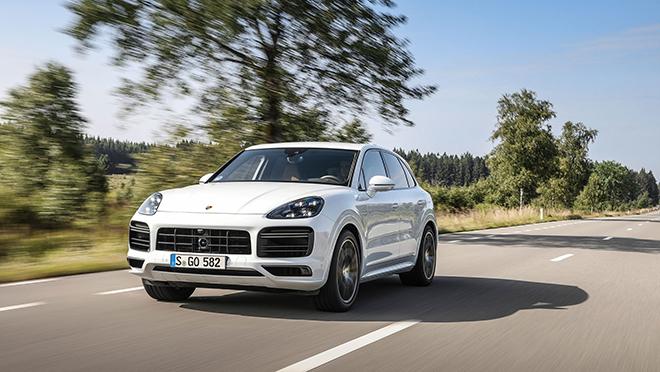 Điểm danh 10 mẫu SUV hạng sang nhanh nhất thế giới năm 2020 - 7