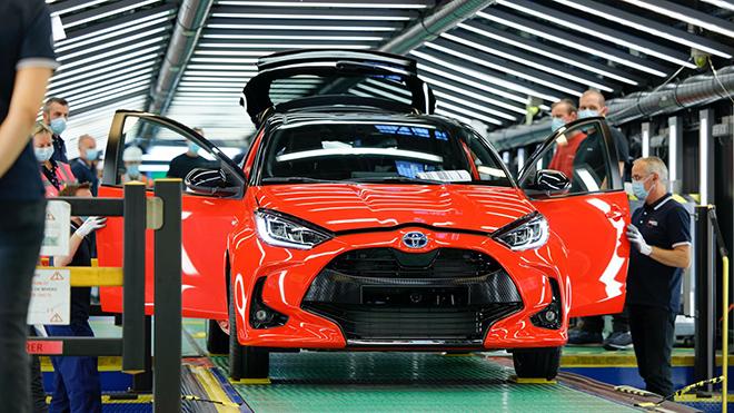 Toyota dừng hoạt động dây truyền sản xuất tại châu Âu - 1