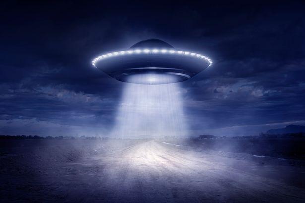 """Chuyên gia NASA nói về """"chìa khóa"""" giúp con người thống trị thiên hà - 1"""