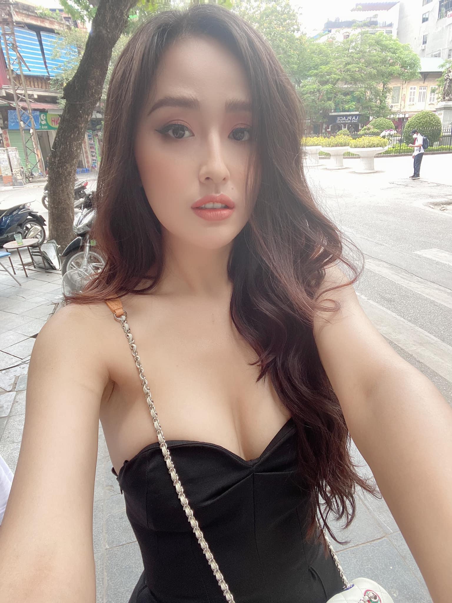 Mai Phương Thuý mặc yếm xuống phố, đeo túi 300 triệu chỉ đề trang trí - 3