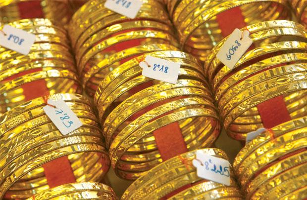 Giá vàng hôm nay 30/12: Giằng co tăng giảm những ngày cuối năm - 1