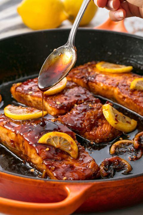Cách làm món cá hồi sốt mật ong siêu ngon, bổ dưỡng - 1