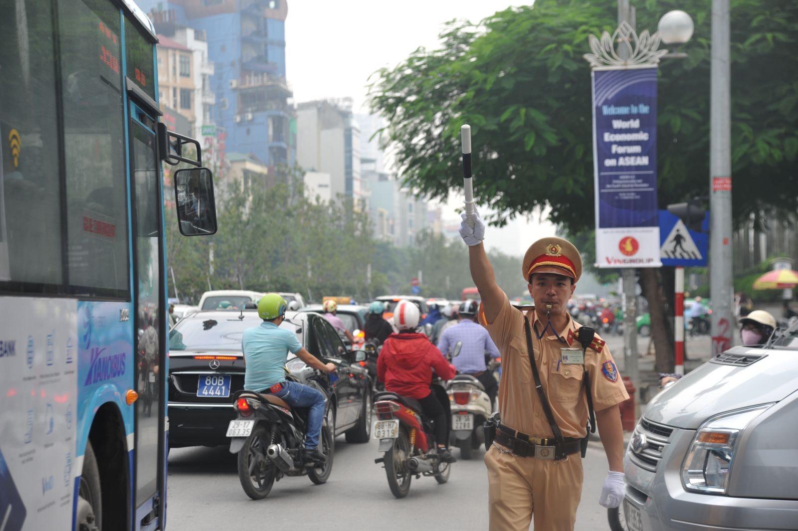 2 tuyến đường ở Hà Nội bị tạm cấm trong 5 ngày - 1