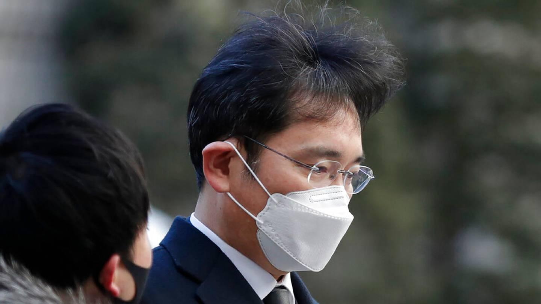 Thái tử quyền lực của Samsung đối mặt án tù giam 9 năm - 1