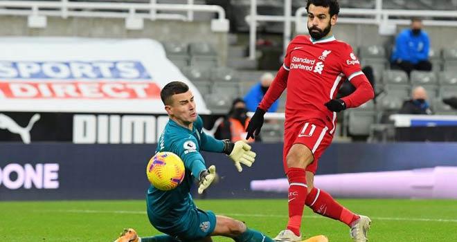 """Điểm nóng vòng 16 Ngoại hạng Anh: MU vui tất niên, Liverpool ôm hận vì """"hung thần"""" - 1"""
